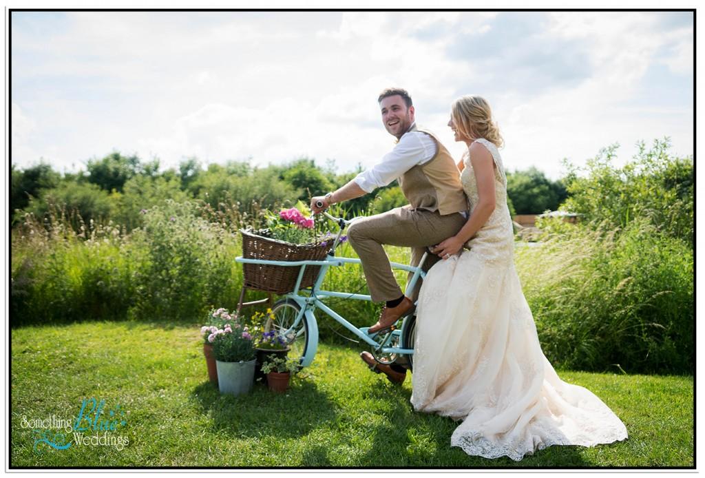 oaklands-wedding-yorkshire-bicycle