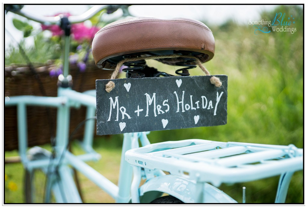 oaklands-wedding-yorkshire-bicycle-details