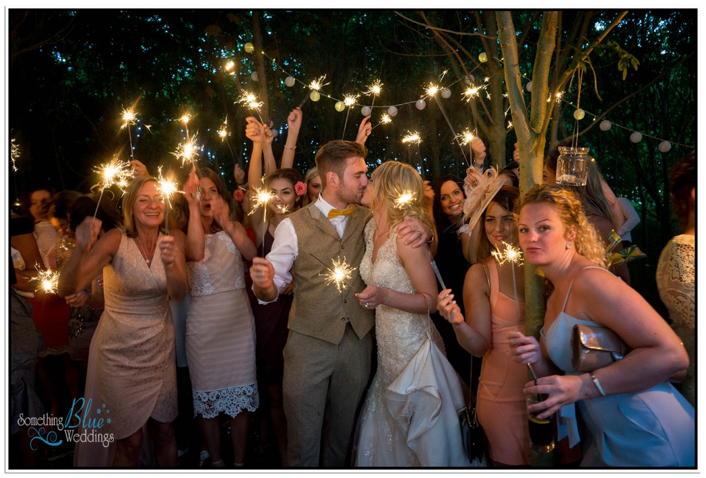 oaklands-wedding-yorkshire-sparklers