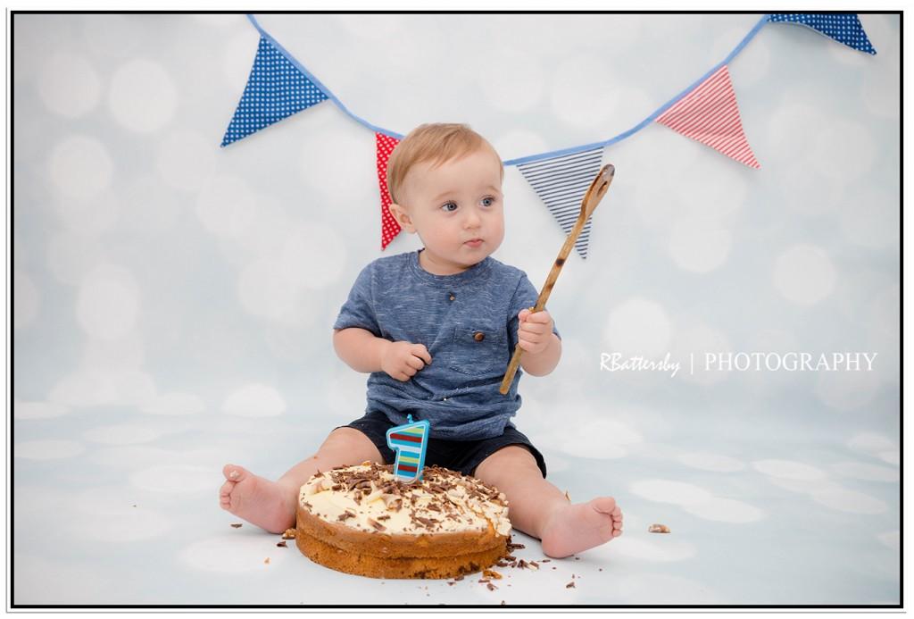 Jamie - Cake Smash (10)