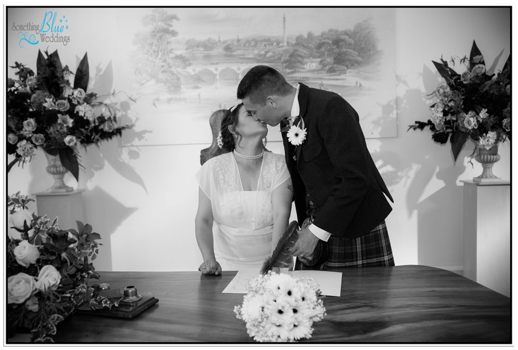 wedding-the-marriage-room-coldstream-scotland-tracie-alan (312)