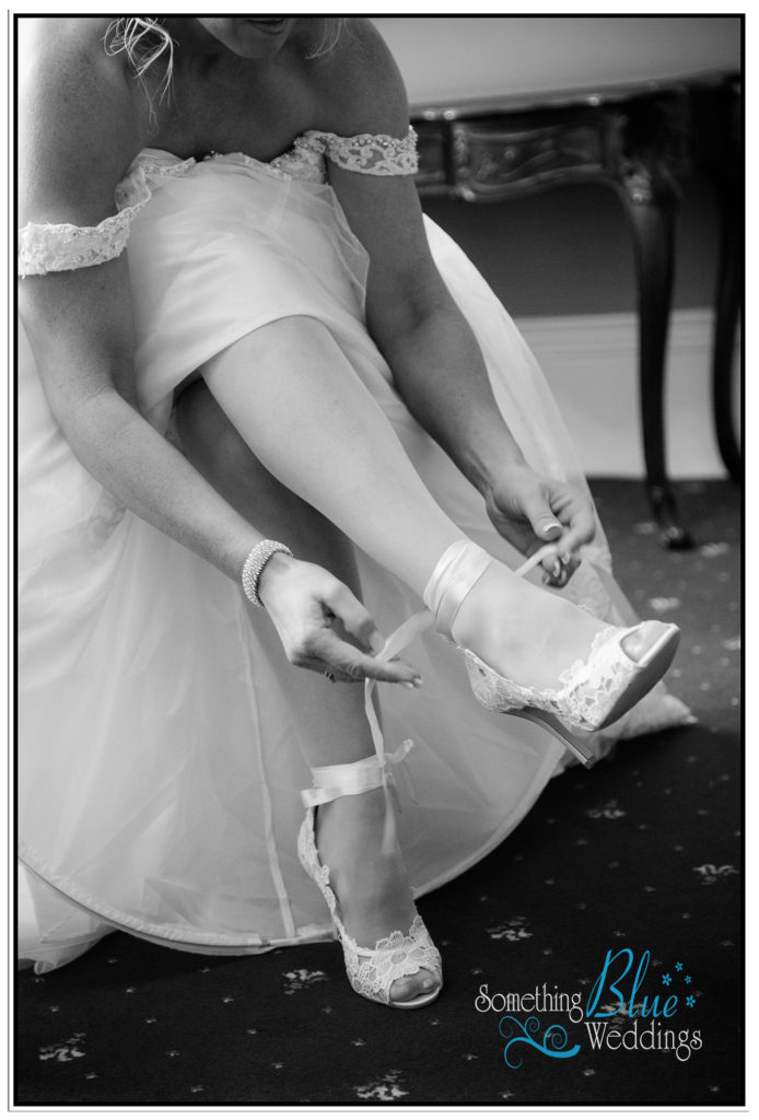 wedding-pamela-jason-farington-lodge-131
