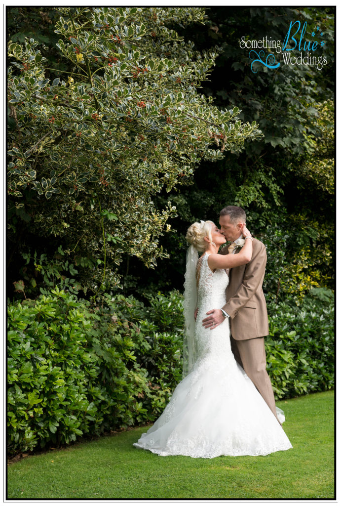 wedding-pamela-jason-farington-lodge-387