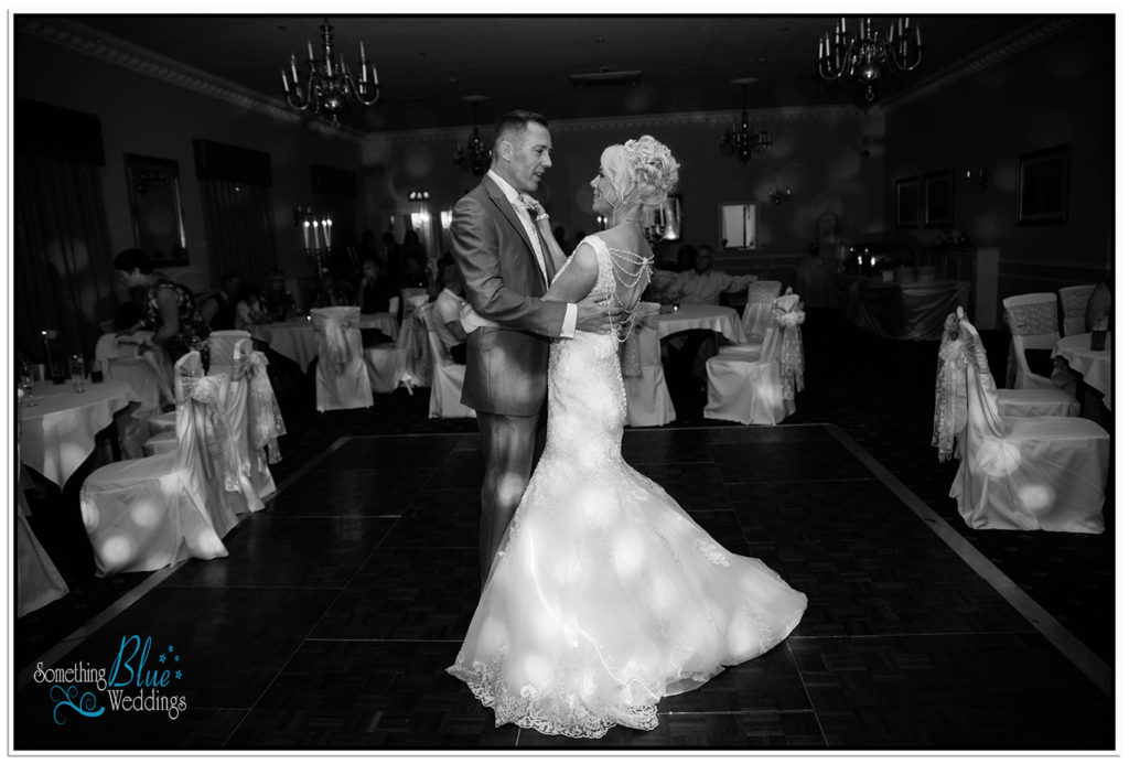 wedding-pamela-jason-farington-lodge-640